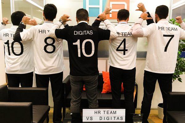 HR Team a défié l'agence Digitas Lbi au Football en salle